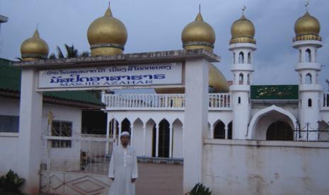 Sebuah Masjid di Laos